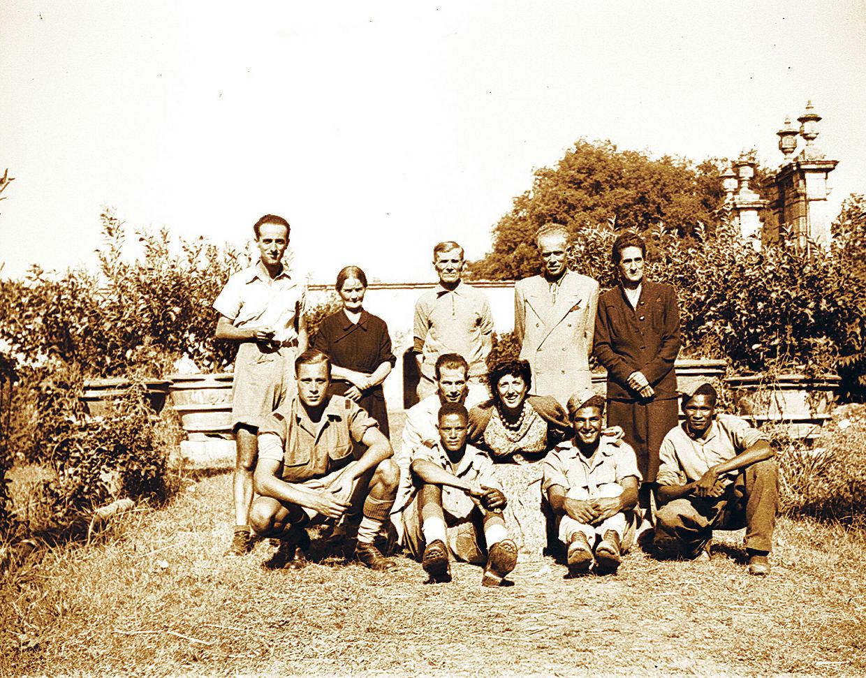 1944, settembre, Villa la Magia, Via Vecchia Fiorentina I Tronco 63, Quarrata. Sono arrivati i brasiliani2